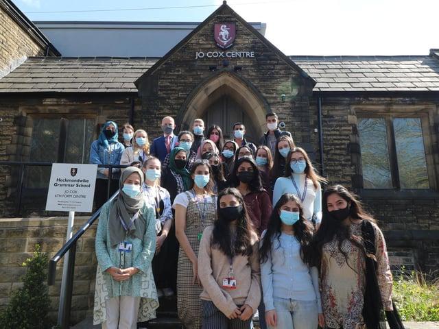 28 Heckmondwike Grammar students hold offers to read medicine and nursing at university