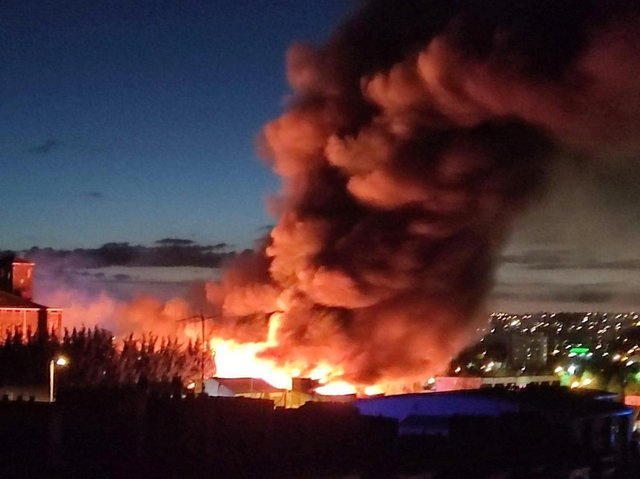 A fire in the Legrams Lane area of Bradford. Photo credit: Clarity & insight @Get2Know2Judge