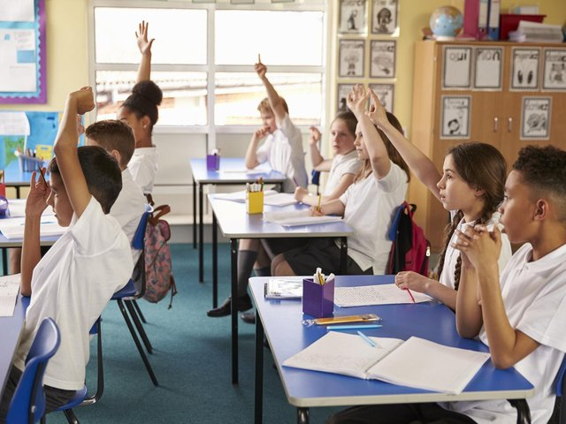New figures have revealed how many primary school children in North Kirklees are being taught in classes of more than 30 pupils