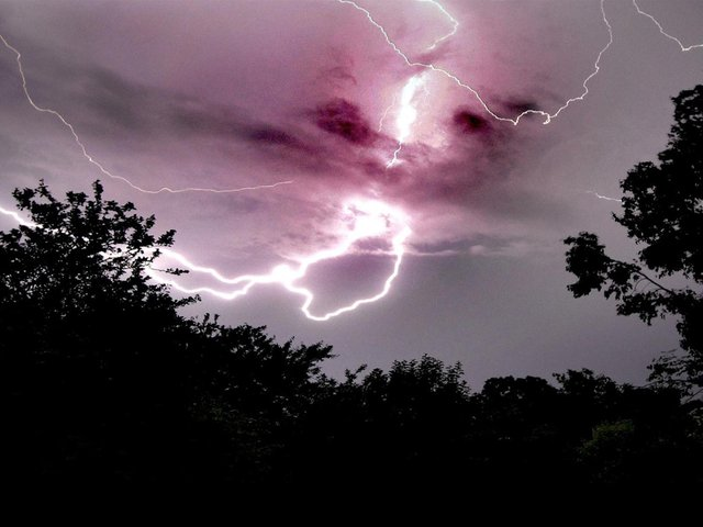 There is a yellow warning for thunderstorms in West Yorkshire from 6pm on Wednesday until 6am on Friday